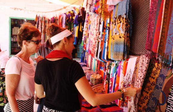 Zanzibar Stone Town Shopping Tour: Shangani, Mlandege and Hurumzi