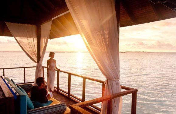 Romantic Sundowner at Konokono Resort