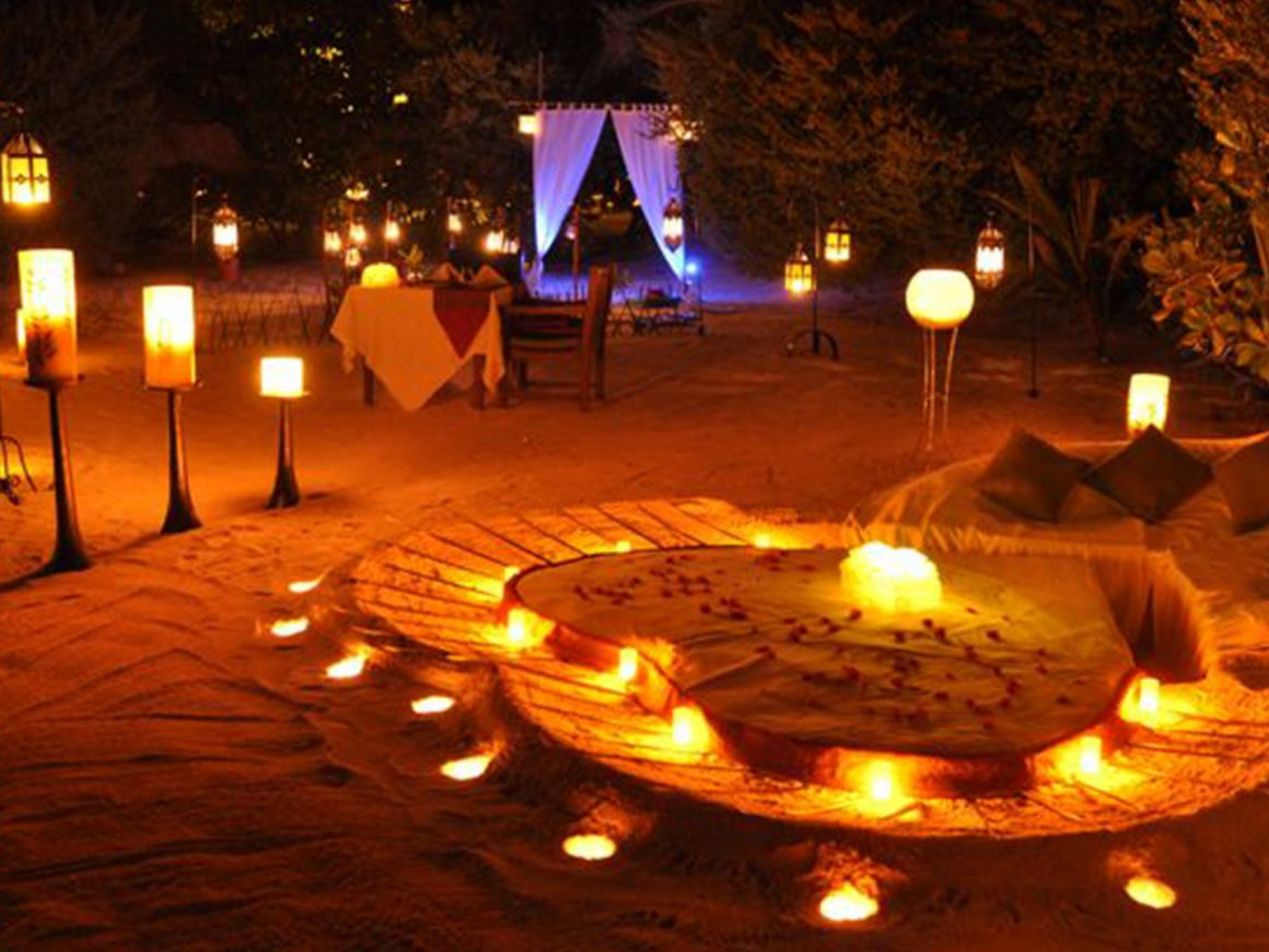Romantic Candlelight Dinner and Wine at Sea Cliff Resort
