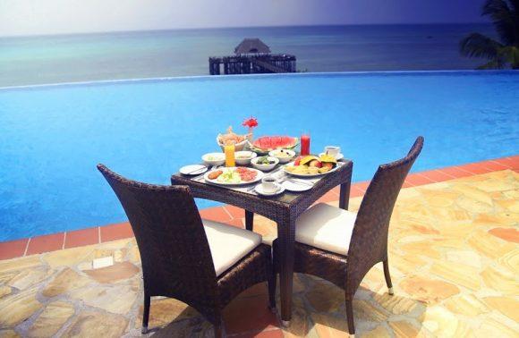 Romantic Sundowner at Sea Cliff Resort & Spa