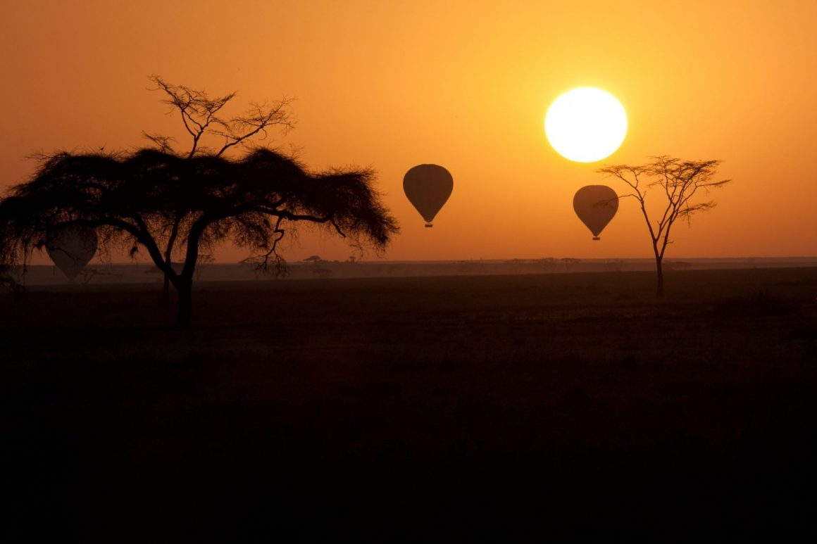 Deluxe Safari Sunset Helicopter Tour