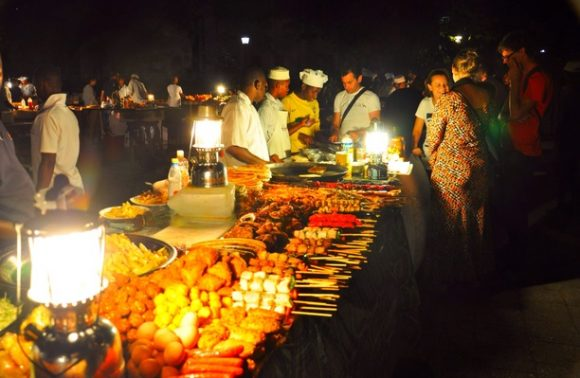 Zanzibar Nightlife Experience with Dinner