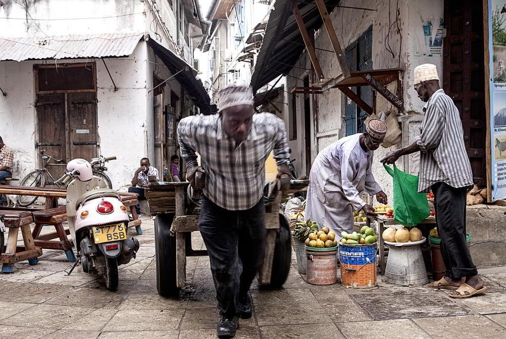 Stone Town Cultural Experience: Cook and Eat with a Local Family