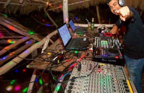 Local Nightclub Tour in Demani Lodge
